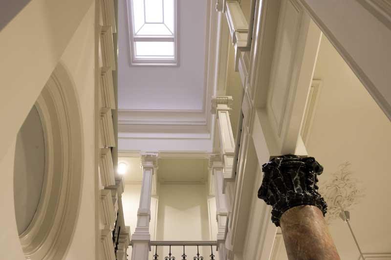 aannemer-amsterdam-pilaren-trappen